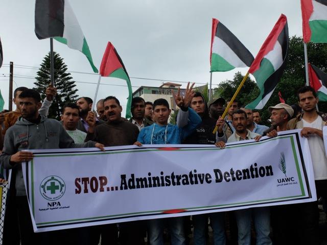 Stop à la détention administrative